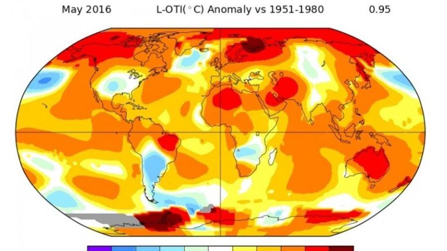 Mayo del 2016. Zonas con mayores desviaciones (en rojo y naranja) respecto a las temperaturas habituales (NASA)